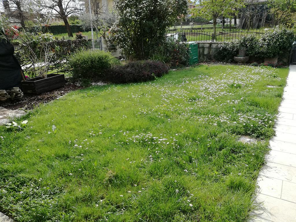giardino mediterraneo con graniglie castelcucco foto 1