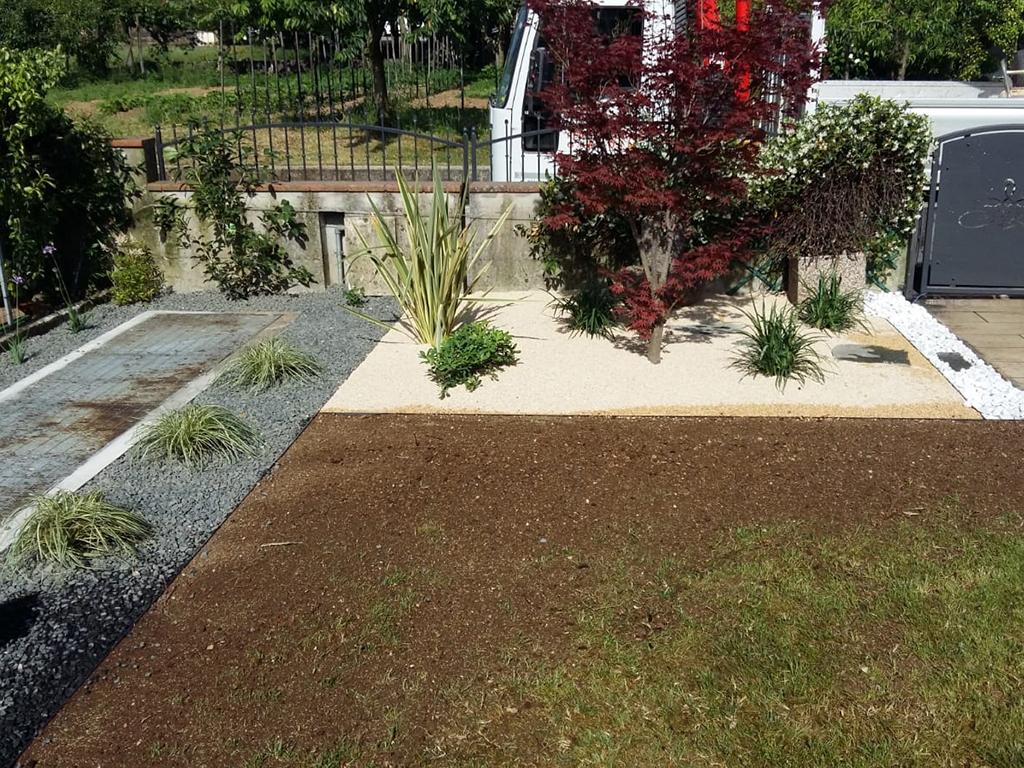 giardino mediterraneo con graniglie castelcucco foto 4
