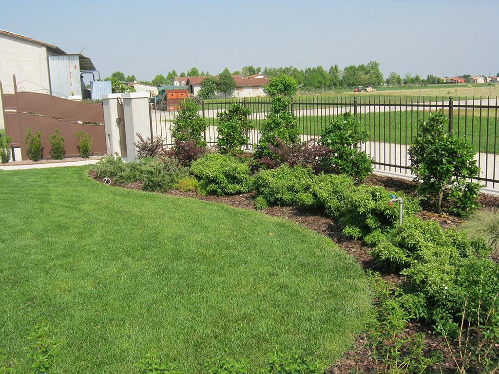 Progetto giardino privato a san zenone degli ezzelini verde idea - Progetto giardino privato ...