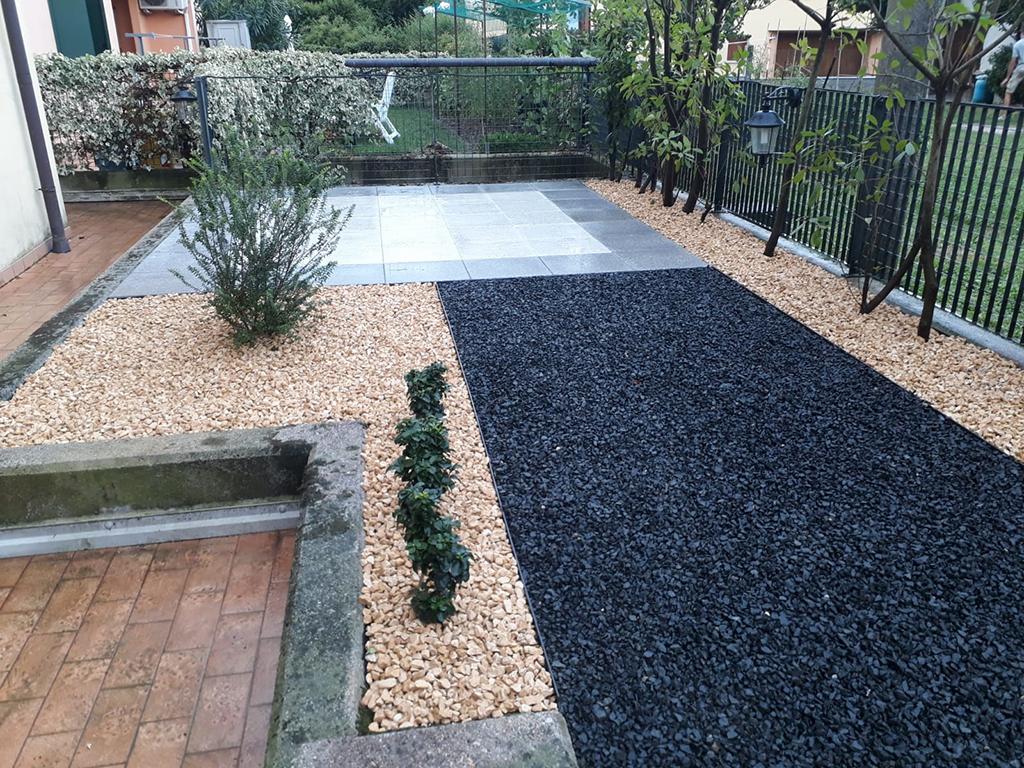 realizzazione giardino con graniglie a Mussolente foto 3