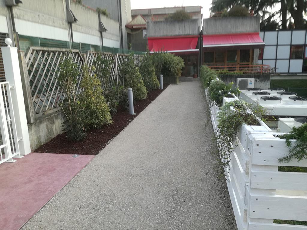 realizzazione giardino sensoriale a Castelfranco Veneto foto 16