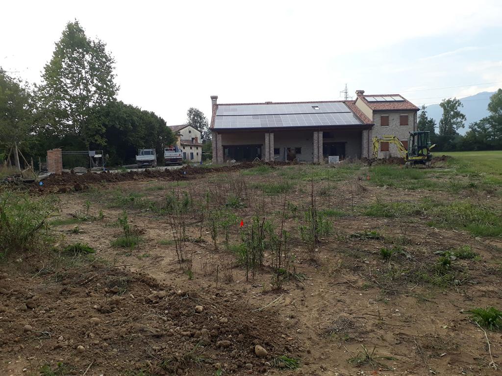 realizzazione giardino privato a Mussolente foto 1